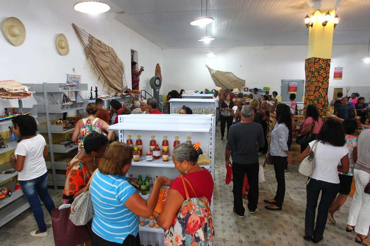 CRESOL foi inaugurada para fomentar o artesanato no estado e gerar mais renda