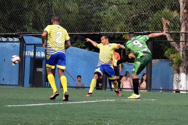 Palmeirinha e Meninos de Ouro duelam pelo título da Copa Papai Bom de Bola. (Divulgação)