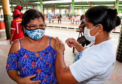 FOTO2 - Prefeitura de São Luís segue até quarta-feira (19) com vacinação contra H1N1 no Terminal da Cohab