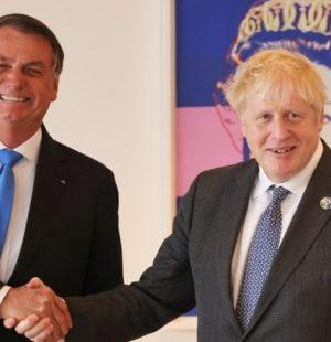 Reino Unido contradiz Bolsonaro e nega pedido de ajuda; declarações 'não condizem' com o que ocorreu, diz gabinete de Boris Johnson